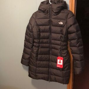 Black XS North Face thigh length jacket